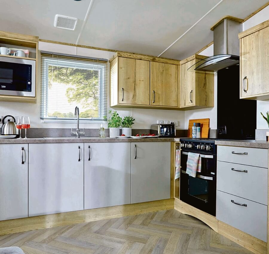 Super Luxury Caravans (3 Bed)