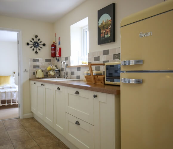 Lemon Cottage image